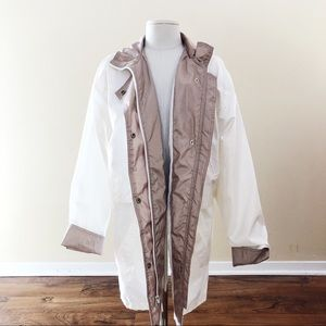 Vintage White & Beige Windbreaker